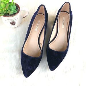 Zara Suede Pointed Toe Heels Size 7